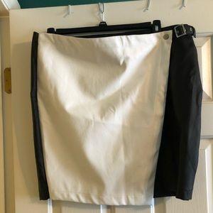 NWT PLUS SIZE Skirt/Skort